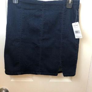 NWT Free People Dark Indigo Denim Mini Skirt. Sml